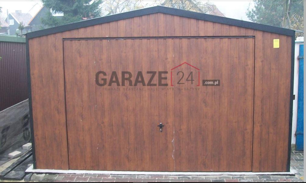 Garaż blaszany 4×6 metrów – dwuspadowy – brama uchylna-ciemny orzech