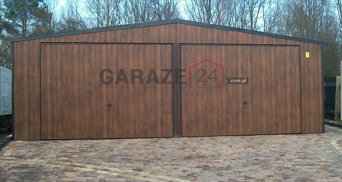 Garaż blaszany 7×5,5 metrów – ciemny orzech dwie bramy uchylne