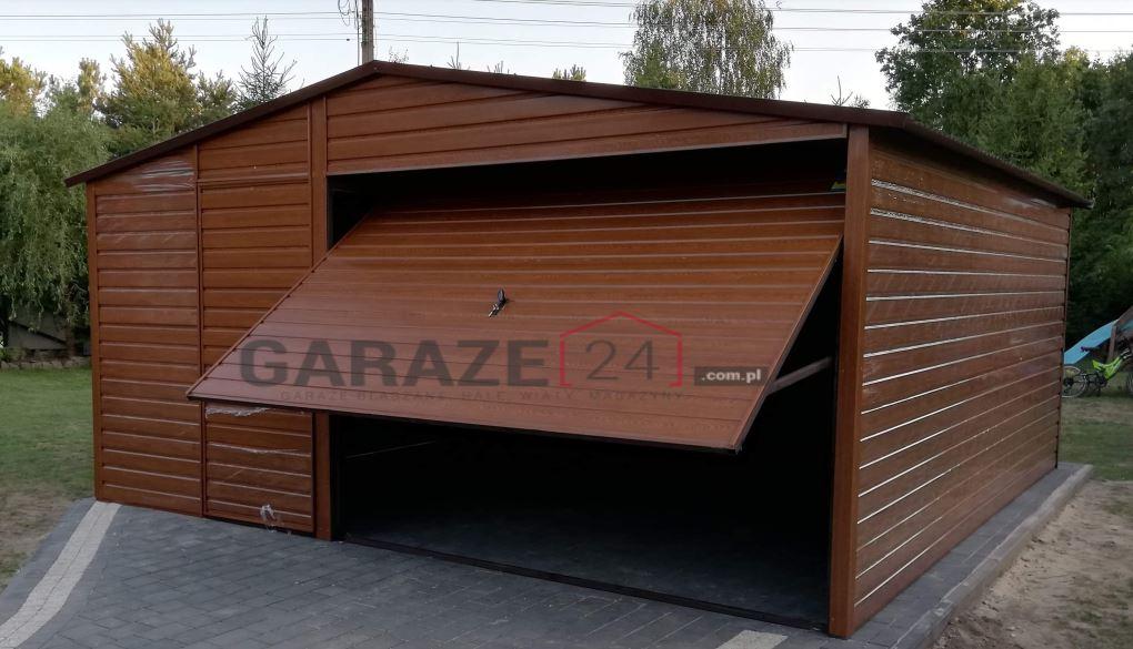Garaż blaszany 5×5 + brama uchylna, dwuspadowy