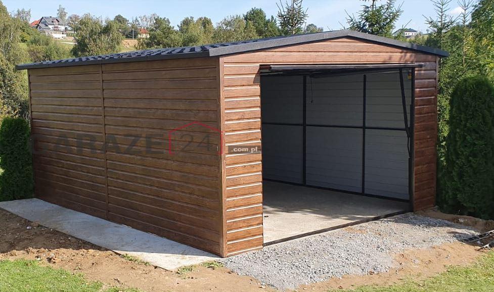 Garaż blaszany 4×5 brama uchylna, drewnopodobny
