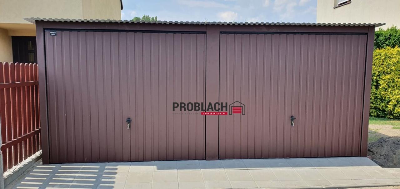 Garaż 6×5 spad w tył + 2 bramy uchylne