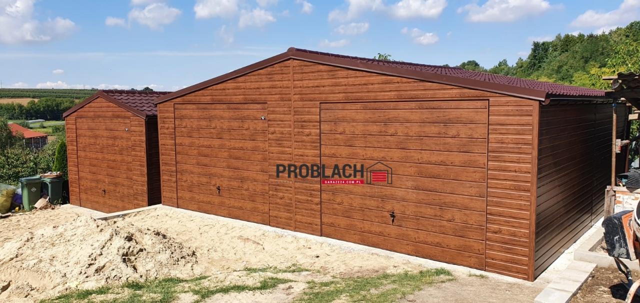 Garaż 8×7 dwuspad DREWNOPODOBNY PREMIUM + BLACHODACHÓWKA